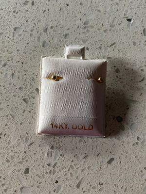 14k gold earrings for Sale in District Heights, MD
