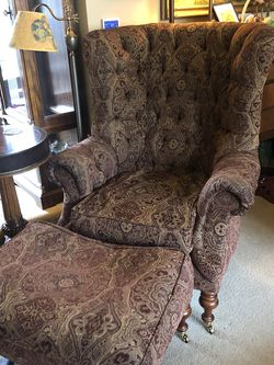 Traditional Wingback Chair With Ottoman for Sale in Bothell,  WA