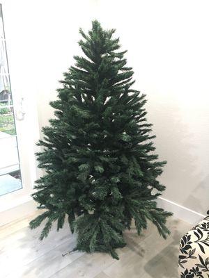 6' Artificial Christmas Tree for Sale in Sacramento, CA