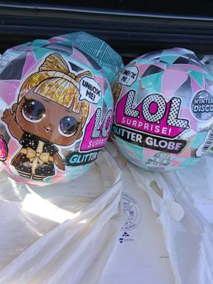 4× L.O.L. SURPRISE! GLITTER GLOBE DOLL WITH GLITTER HAIR + 1× LOL SURPRISE! FLUFFY PETS BOTH ARE WINTER DISCO SERIES for Sale in Woodland Hills, CA