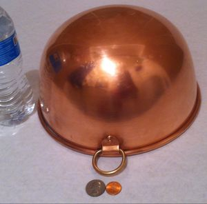"""Vintage Metal Copper Mixing Bowl, Hanging Decor, Kitchen Decor, 10"""" x 5 1/2"""", This Bowl is Really Thick Metal, Does Not Have A Makers Mark for Sale in Lakeside, CA"""