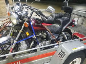 2 bikes clean titles for Sale in Harrisburg, PA