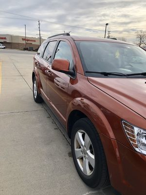 2012 Dodge Journey all well drive V6 clean title lwo miles 27500 only for Sale in Dearborn, MI