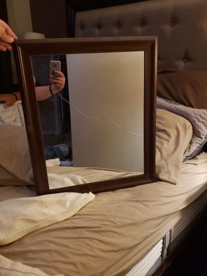 Wall Mirror for Sale in Parlin, NJ