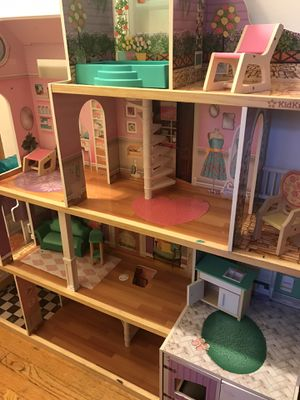 Doll house for Sale in Chicago, IL