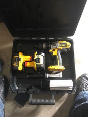 18 volt dewalt hammer drill for Sale in Victorville, CA