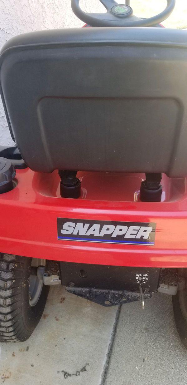 Snapper ride on lawn mower LT 200 18.5