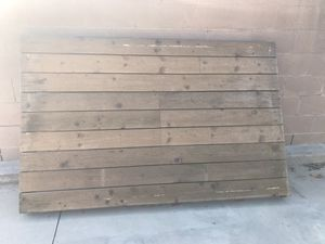 Wood palette floor for Sale in Tustin, CA