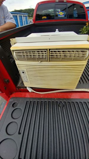 Window ac unit for Sale in York, PA