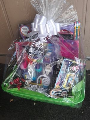 Trolls gift basket.....$20 for Sale in Houston, TX