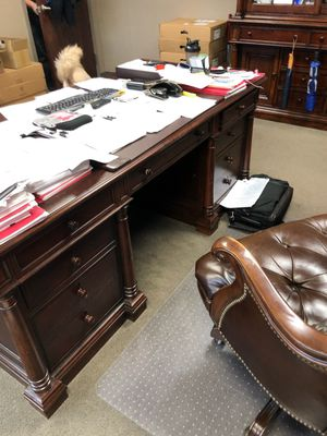 Office furniture for Sale in Secaucus, NJ