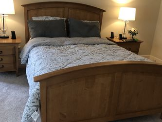 Queen Bedroom Set for Sale in Redmond,  WA