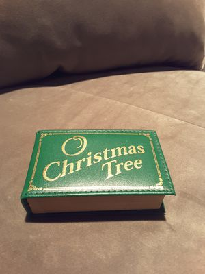 Vintage O Christmas Tree Music Box windup for Sale in Houston, TX