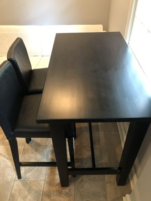 Great bar table and chairs for Sale in Florham Park, NJ