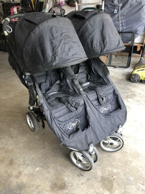 Selling double city jogger mini stroller for Sale in Long Beach, CA
