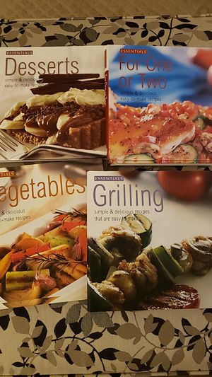 Cookbook Bundle- 4 for $5 for Sale in North Canton, OH