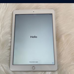 Apple iPad Mini 5 for Sale in Park Forest, IL
