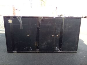 3 dr metal wall cabinet shelves 27.5h x 47.5w x 8d for Sale in Tempe, AZ