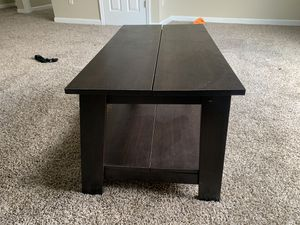 Coffee Table, Brown for Sale in Union City, GA