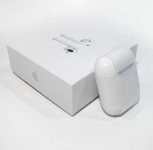 Apple Airpods 1st Generation Bluetooth for Sale in Palm Springs, FL