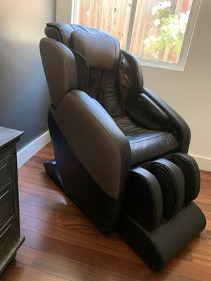 Brookstone massage chair for Sale in San Rafael, CA