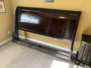 King size bed frame for Sale in Port Orange, FL