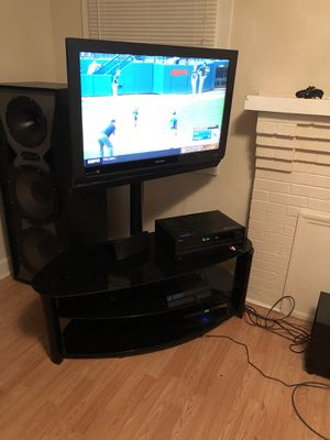 Tv and entertainment center combo for Sale in Lakeland, FL
