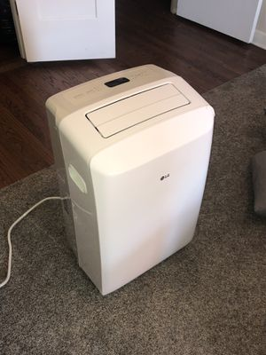 Portable AC Unit - 8,000 BTU for Sale in Chicago, IL