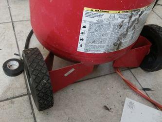 Husky 20 Gallon Compressor for Sale in Miami,  FL