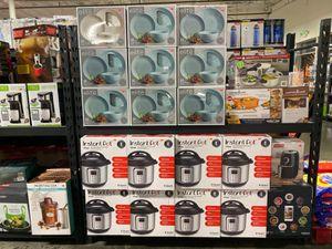 Instant Pot 9in1 Multi Slow Pressure Cooker Crockpot 8qt for Sale in Industry, CA