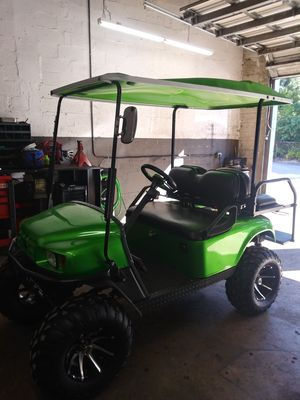 Ezgo Gas Golf Cart Lifted for Sale in Plantation, FL