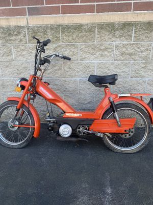 Moped/bike for Sale in Stoneham, MA