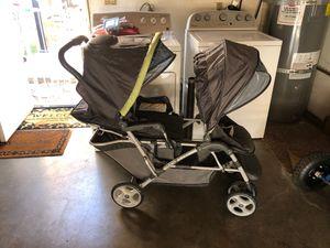 Graco Duo Glider double stroller for Sale in Garden Grove, CA