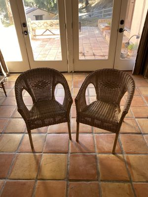 Pair of wicker chairs for Sale in Arroyo Grande, CA