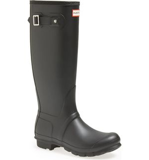 Women's hunter boots size 7 for Sale in Orono, ME
