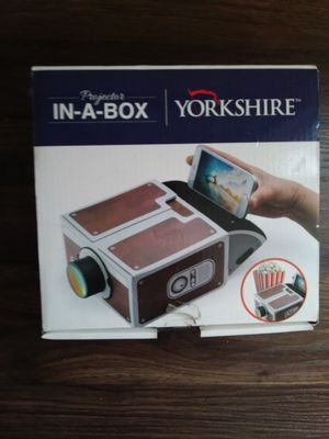 BOX PROJECTOR for Sale in NEW PRT RCHY, FL