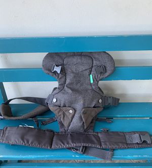 Infantino baby 👶 carrier for Sale in Long Beach, CA