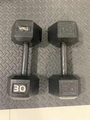 Weights set 30 lb for Sale in Hialeah, FL