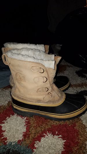 Sorel Caribou boots (Mens 12) for Sale in Medford, OR