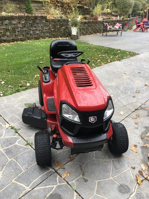 Craftsman lawn tractor for Sale in Palos Park, IL