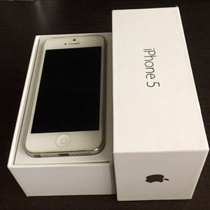 Apple iPhone 5 32GB White!! Carrier Unlocked, New Condition!! for Sale in Nashville, TN