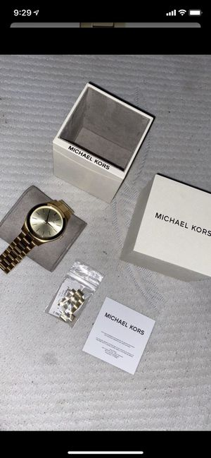 Micheal kors unisex gold watch. for Sale in West Covina, CA