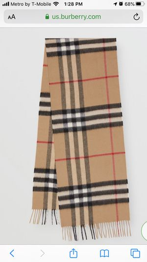Burberry Scarf for Sale in Fairfield, CA