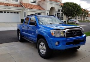 Works Perfectlyy 2005 Toyota TACOMA 4WDWheels for Sale in Nashville, TN
