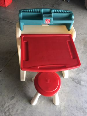 Desk for kid for Sale in Tampa, FL