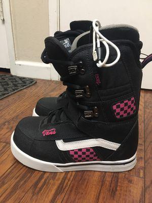 6.5 women's vans mantra snowboarding boots for Sale in Newark, CA