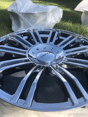 """20"""" chrome rims for Sale in Mansfield, TX"""