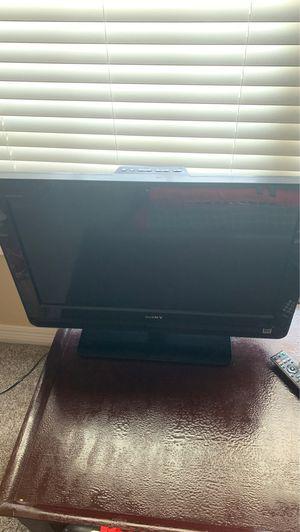 """Sony 26"""" lcd tv for Sale in Longview, TX"""