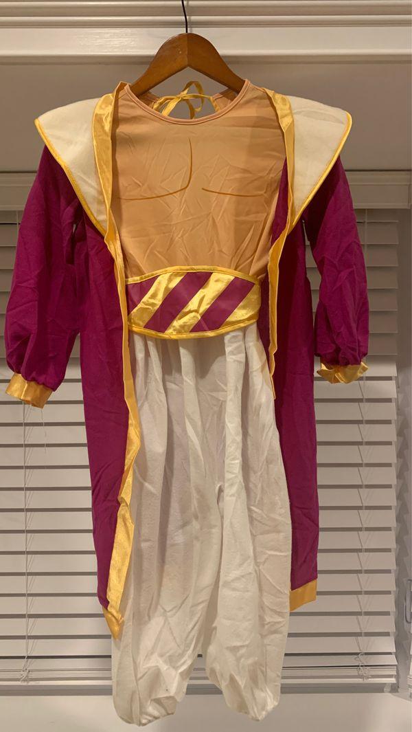 Disney Aladdin costume for kids w/ accessories size 7-10