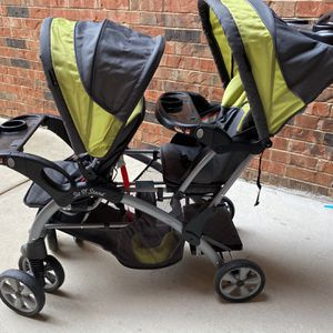 Baby Trend Double Stroller for Sale in St. Louis, MO